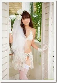 Asakura_Mina_DGC_gravure_japanese_02