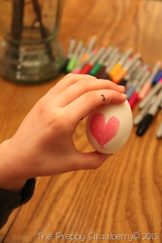 Sharpie Easter Egg Coloring {The Preppy Strawberry}