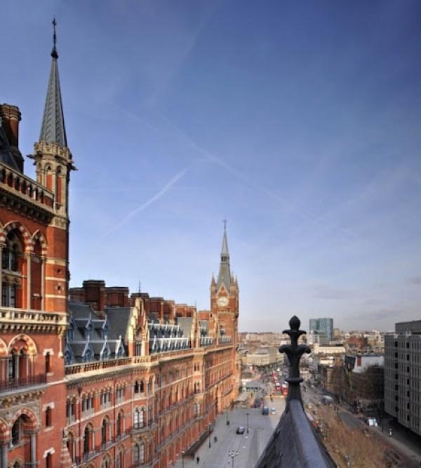 Penthouse-Apartment-St-Pancras-by-Thomas-Griem