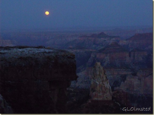 06 Full moon over canyon & Mt Hayden Pt Imperial NR GRCA NP AZ (1024x768)