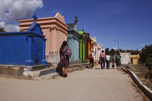 Chichicastenango-cimitero-02