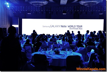 2011-11-09 Galaxy Note World Tour SEA 028