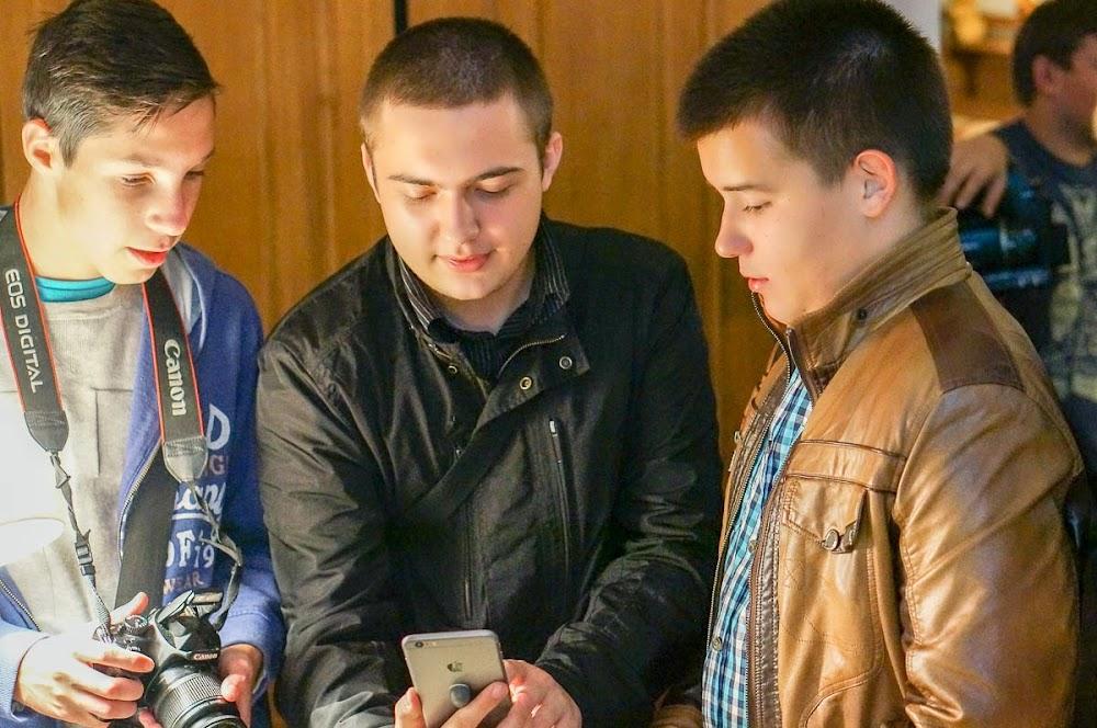 iPhone 6 event Russia-28.jpg