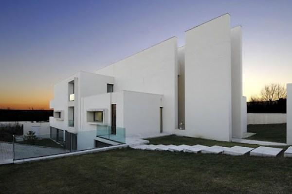 casa-minimalista-camarines-a-cero