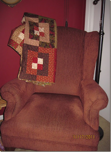 red chair 001
