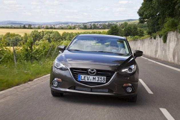New-2014-Mazda3-Sedan-3