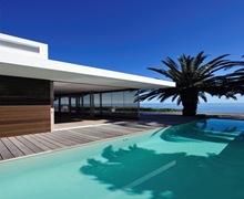 casa-con-piscina-fachadas-ventiladas-fachadas-modernas