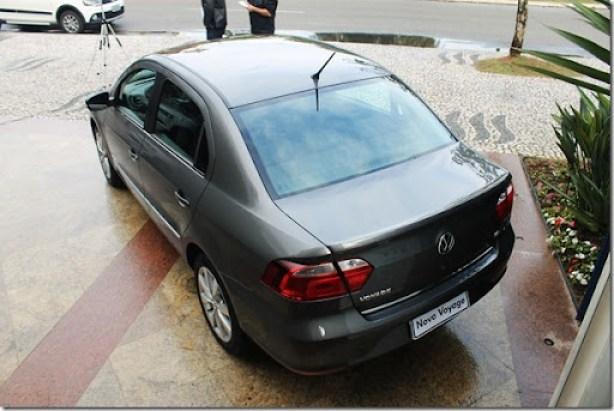 Volkswagen_GOL_VOYAGE_2013 (10)