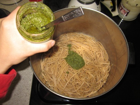 pesto linguine 044