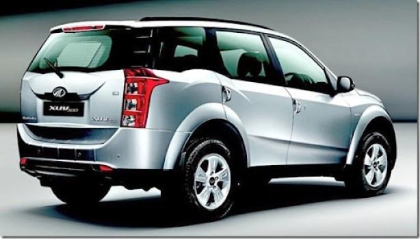 81c22_Mahindra-XUV500-for-Australia-rear_85