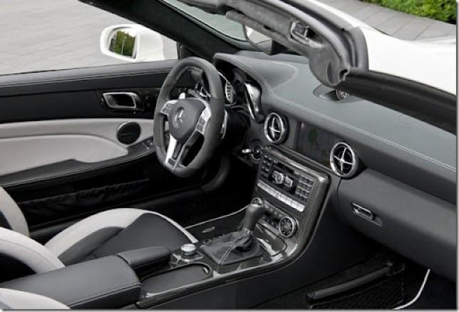 Mercedes-Benz-SLK55_AMG_2012_1280x960_wallpaper_27