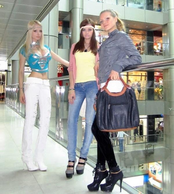 Valeria Lukyanova y familia 3