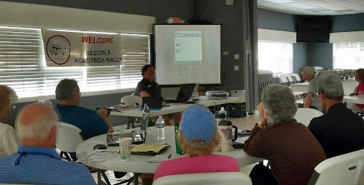 Presenting our Smartphone Overview class to the Roadtrek Rally