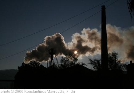 'Air polution' photo (c) 2006, Konstantinos Mavroudis - license: http://creativecommons.org/licenses/by-sa/2.0/