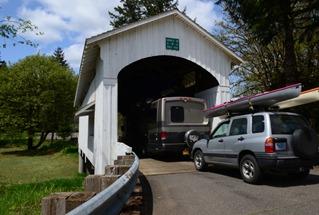 The MoHlo crossing the Earnest Bridge