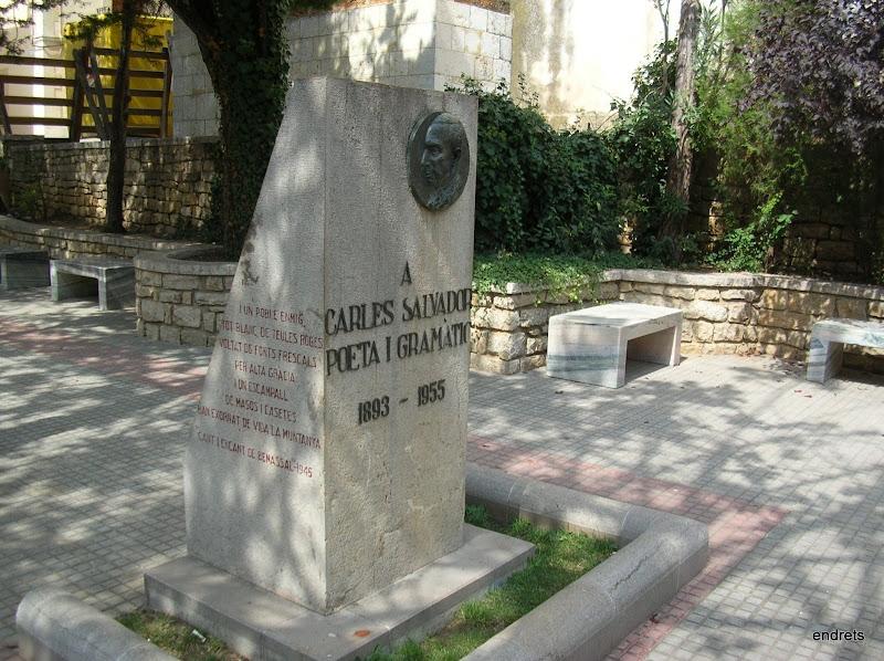 Monument a Carles Salvador. Benassal