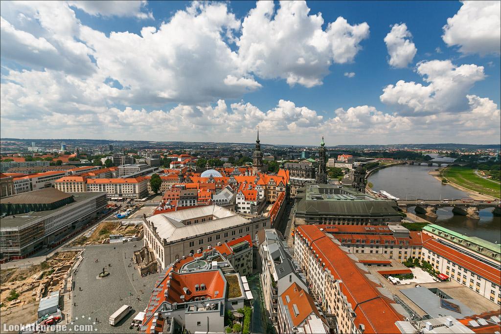 Шпили дрезденского замка, кафедрального собора и мост Августа
