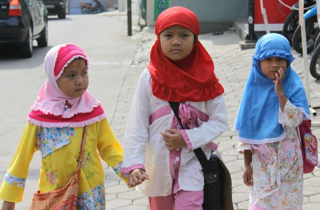 Walking along Jl. Kemang Raya