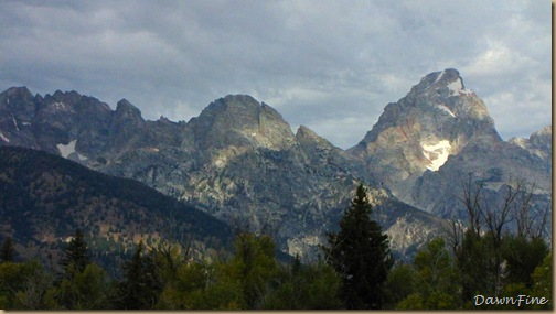 Drive in tetons_20090913_063