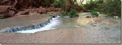 10 Pool below Mooney Falls Havasupai Indian Reservation AZ pano (800x293)