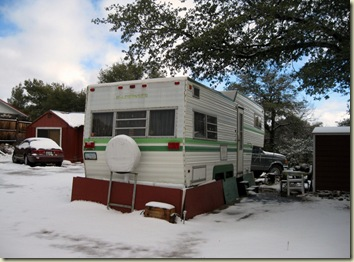 04 RV in snow Yarnell AZ (1024x757)