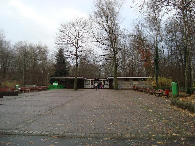 Wejście do poznańskiego Nowego Zoo