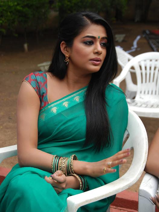priyamani wearing green saree high quality unseen pics