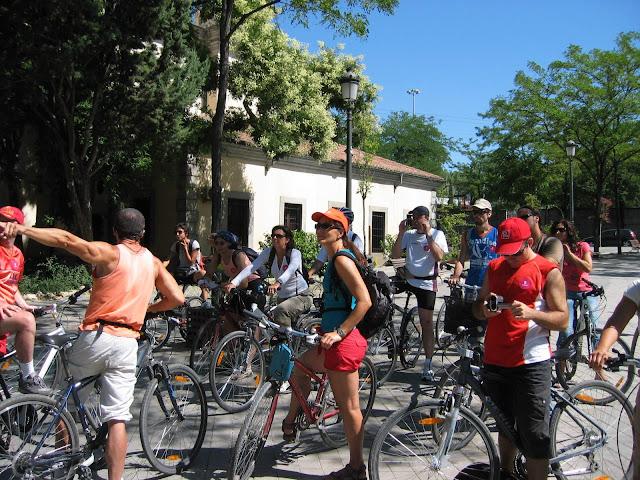 gruppo in bici