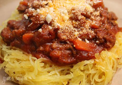https://i0.wp.com/lh3.ggpht.com/_BizpeaUzxq8/SXaPSe67v9I/AAAAAAAAAyQ/QohvYC6K3zE/Spaghetti-Squash-with-Meat-Sauce.jpg