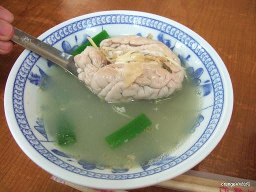 食用生物學2-豬腦湯[六合夜市呂家豬心] | 自然小蔡一盤