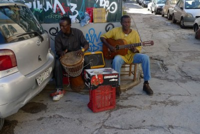 Best thing I think I will take from Europe. These guys were playing African music. I bought their CD for 10 Euros, which isn´t cheap. Only just got to listen to it now in Spain and our whole hostel wants a copy of it. Been on repeat for two days. Molimo they call themselves.