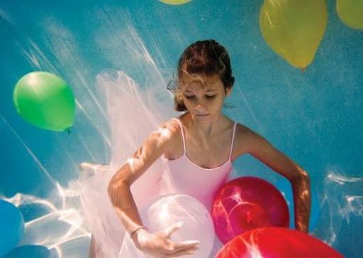 girls_and_water_13.jpg