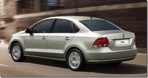 novo-polo-sedan-2011-05