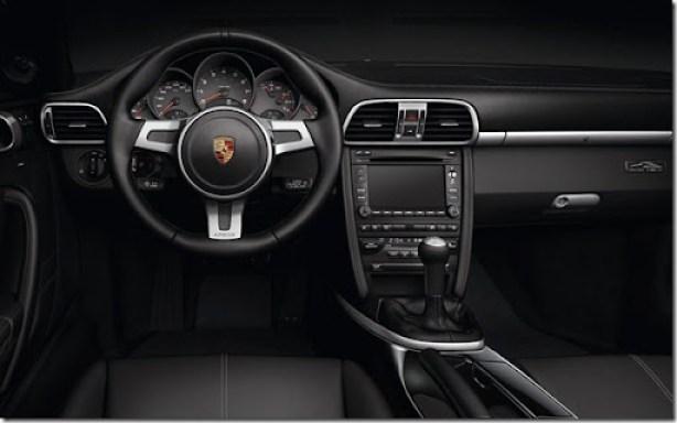 Porsche-911_Black_Edition_2011_800x600_wallpaper_07