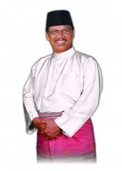 H.Sukarmis Bupati Kuansing