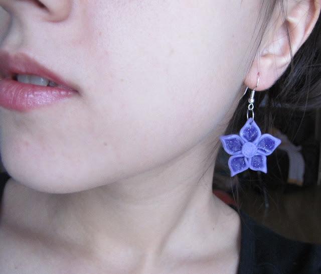 Cercei handmade fimo floricele mov