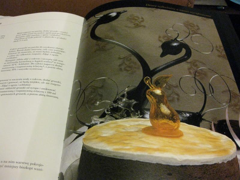 fotografia wnętrza książki