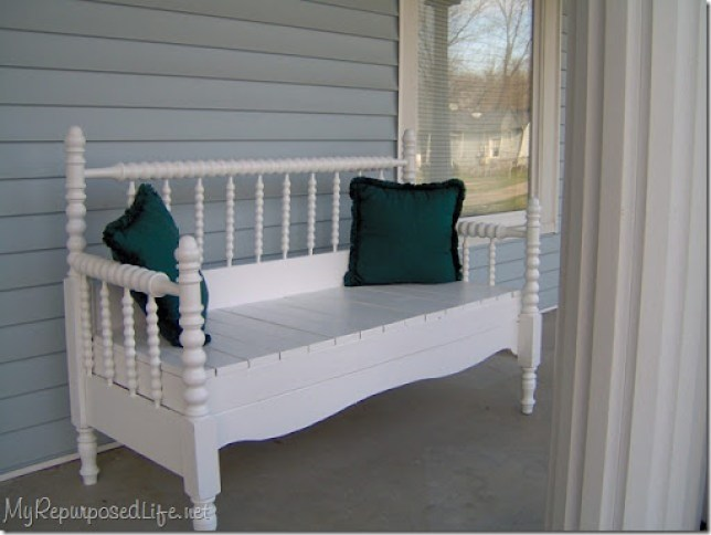 white spool bed headboard bench