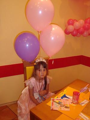 Кристина была принцессой на праздновании своего 5-летия