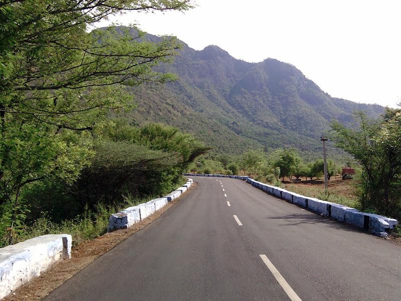 மலைப் பாதை ஆரம்பம், ghat road பிரிவு