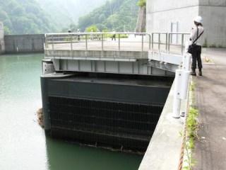 発電機2号機の取水口