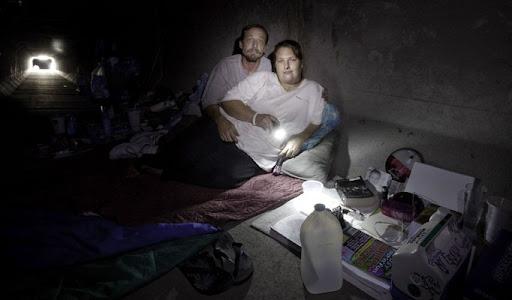 las-vegas-tunnel-people (10)