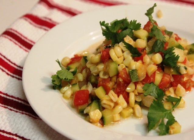 Calabacitas con elote zucchini with corn mexican