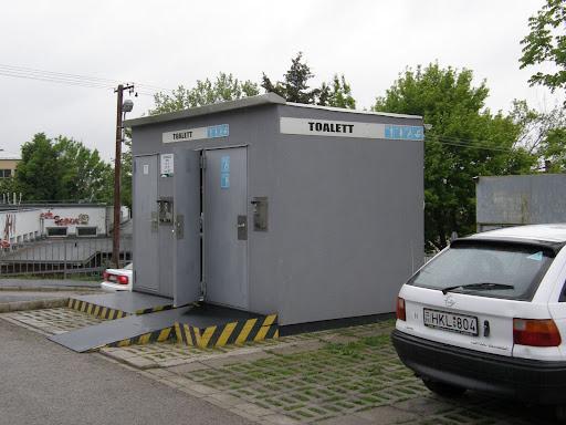 Veszprém, wc, Cserhát lakótelep