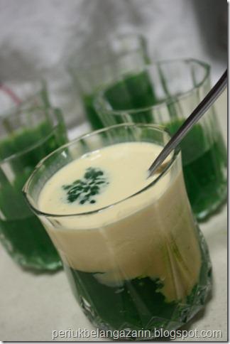 Periuk belanga zarin puding sagu gula melaka dan buah melaka