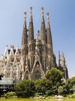 Sagrada Familia en Barcelona Fachada-principal-Sagrada-familia