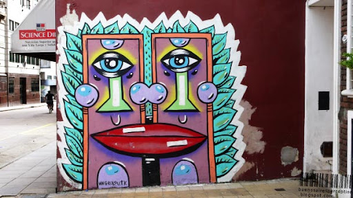 https://i0.wp.com/lh3.ggpht.com/_miJT9YLHbZ4/SqgC5GKK1-I/AAAAAAAACsU/6R2sJJzIrT4/Louis_aka_Grolou_Graffiti_San_Telmo_Buenos_Aires_Argentina.jpg