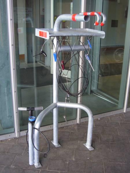 Viešas stovas dviračio priežiūrai