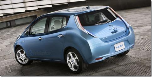 Nissan-LEAF_2011_800x600_wallpaper_20
