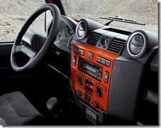 land_rover_defender_fire_ice_04